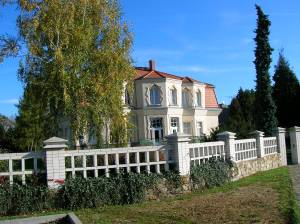 The Bauer Villa
