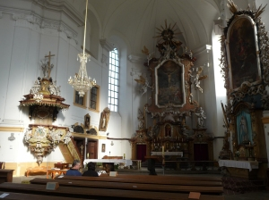 The interior of the church in Dubá
