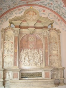 One of the side altars in the cathedral