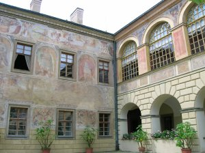 The frescoes and the arcades