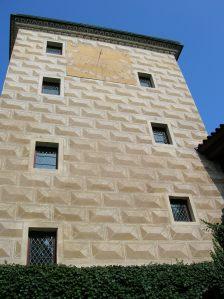 The sundial on the facade