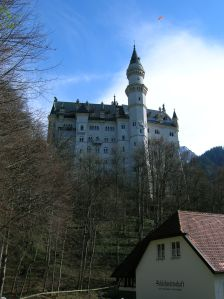 Neuschwanstein Castle and its fairy tale appearance