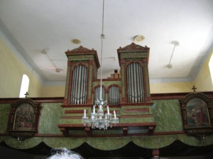 The organ of St. Giles' Church