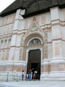 The exterior of the Basilica of Saint Petronio