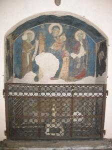 The Basilica of Santo Stefano boasts breathtaking artworks.