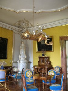 The unique chandelier and exquisite furnishings