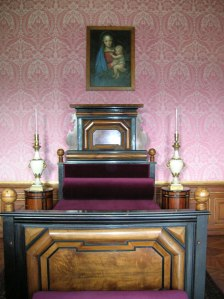 Another exquisite bed in Valtice Chateau