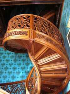 The spiral, self-supporting staircase