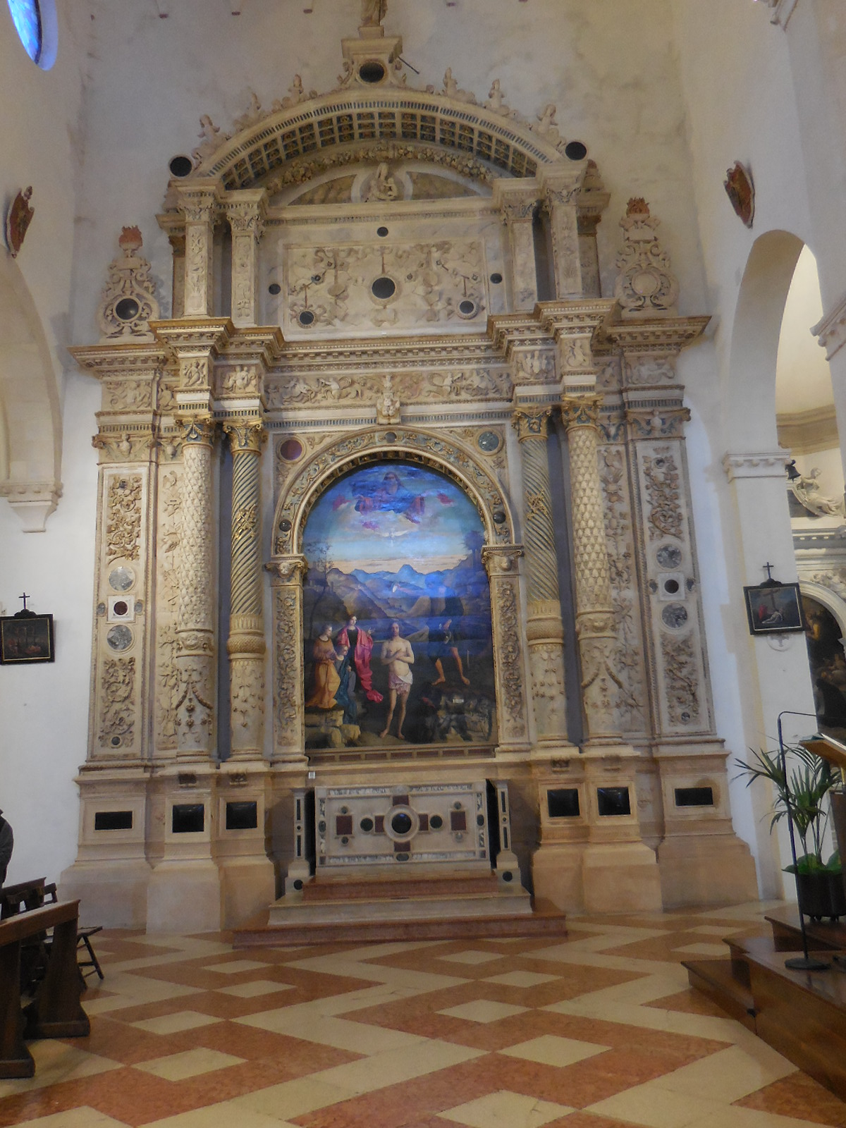 VicenzaSantaCoronaint64