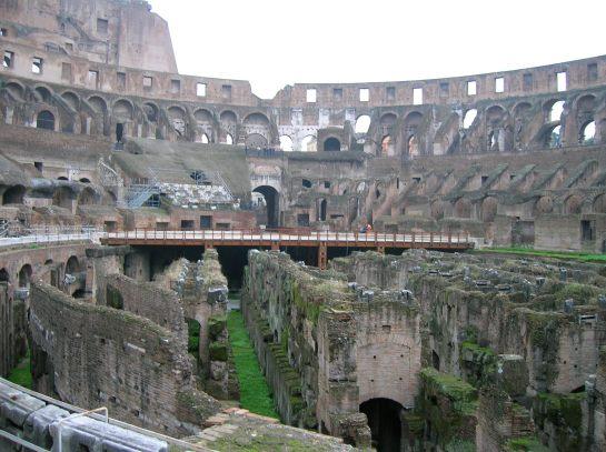 Rome2Colosseum3